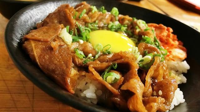 〔台北食記〕小學日燒肉丼食堂|內湖巷弄美食,無限懷念的教室主題餐廳