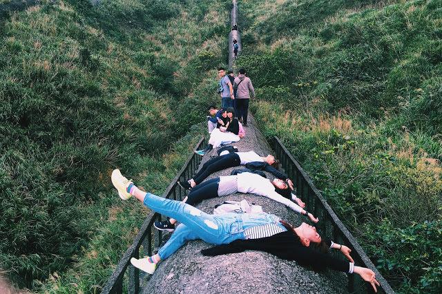 【台北土包子遊記】基隆忘憂谷&拍照超美的廢煙道(九份瑞芳一帶熱門新景點)