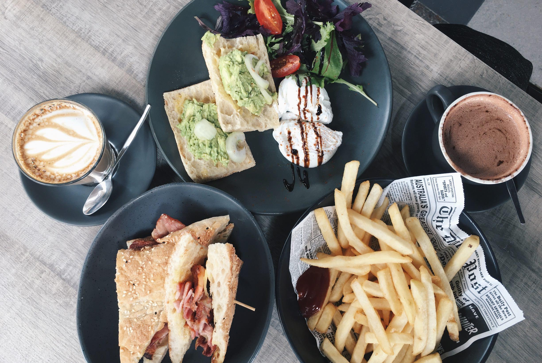 澳洲黃金海岸旅行 清爽好吃的早午餐咖啡廳LOT1