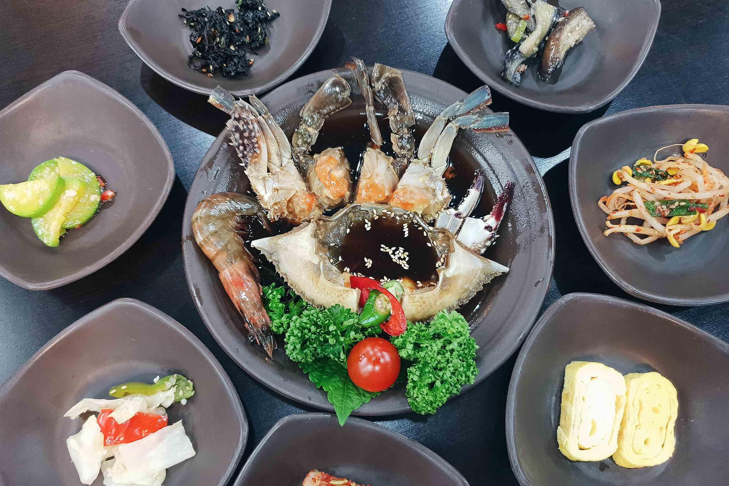 首爾美食|明洞咸草醬花螃蟹餐廳,一個人也能吃的美味醬蟹